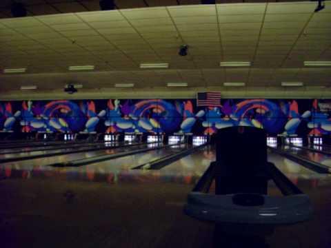 Brad Beyer bowling a 300!