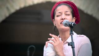 Badiaa Bouhrizi - Nadi Äal Hifa (Live @ Joussour)