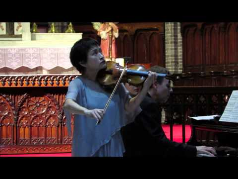 Ave Maria For Violin - Kyung-Wha Chung (정경화) Live @ Myeong-dong Catholic Cathedral