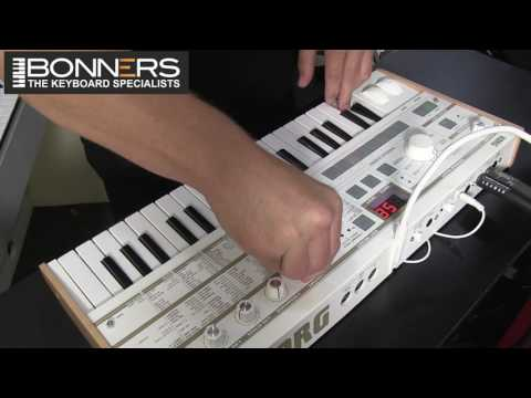 Korg MicroKorg S Keyboard Demo Review New 2016 Model