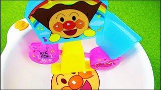 Aquaplay Water Toys アンパンマンのおもちゃ お風呂シーソーで遊んだよ。