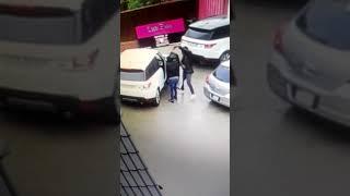 Alberton Hijacking of White Range Rover Sport CX00VXGP