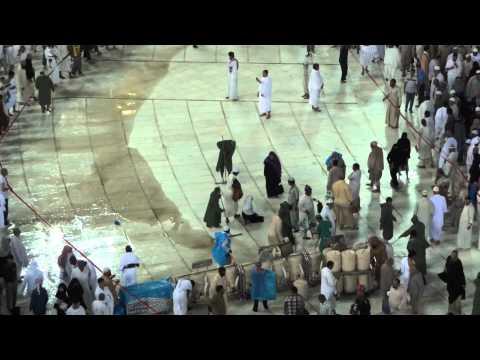 after rain cleaning masjid al harram (FULL HD)