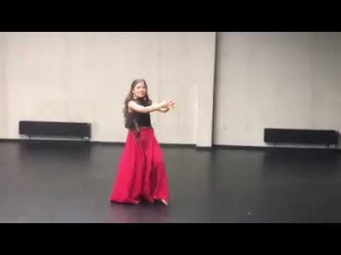 Beautiful Dance Song Long Lachi😍😍😘