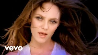 Watch Vanessa Paradis Divine Idylle video