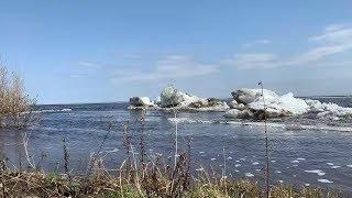 Активный ледоход на реке Лене идет в Кобяйском районе Якутии