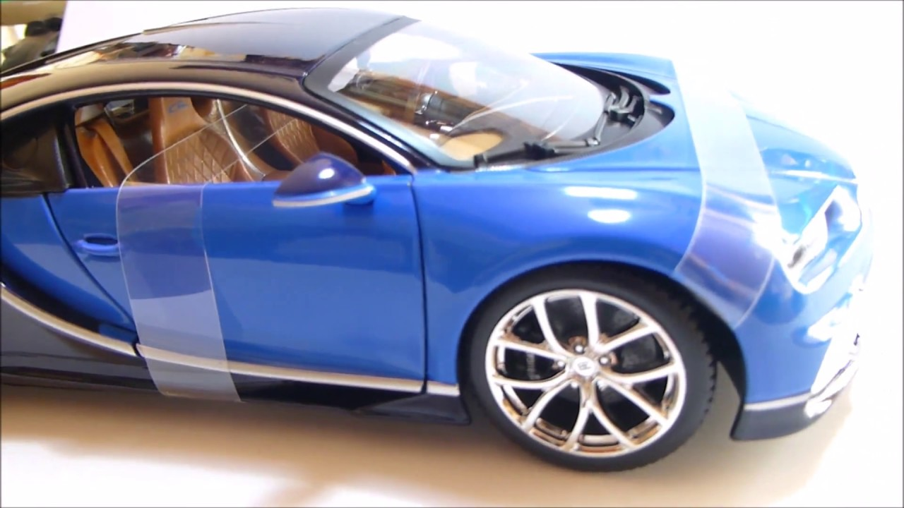 1 18 bugatti chiron blue bburago youtube. Black Bedroom Furniture Sets. Home Design Ideas
