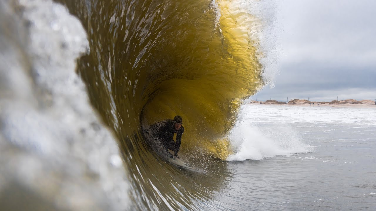 Wedging Shorebreak Barrels | Winter Storm Toby