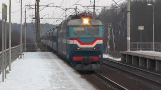Электровозы ВЛ10-1414, ЧС7-037(Электровоз ВЛ10-1414 с грузовым составом проезжает платформу Сушкинская, перегон Петелино - Голицыно, электро..., 2015-02-04T10:25:49.000Z)