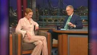 Late Show David Letterman - Julia Roberts (July'01) [1/3]