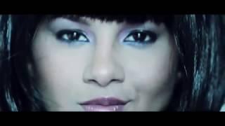 Repeat youtube video Kathy García: El desnudo completo de la modelo en su video