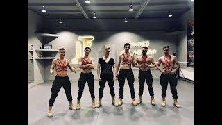 JF Boys - Pe umerii tai slabi
