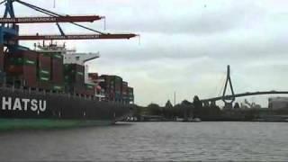Hamburg cargo ( Luka Bremen Hafen).mp4