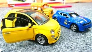Мультфильмы для детей: Басси и Спиди собирают конструктор машина Fiat 500