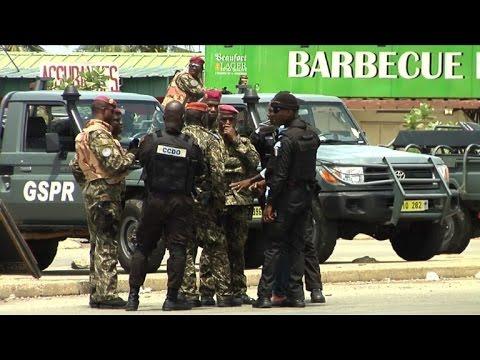 Côte d'Ivoire/mutineries: tirs en l'air et barricades à Abidjan