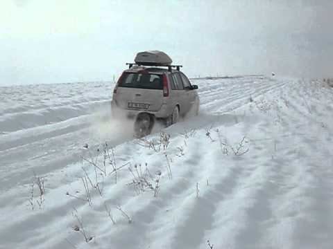 Ford Fusion Winter Off Road Youtube