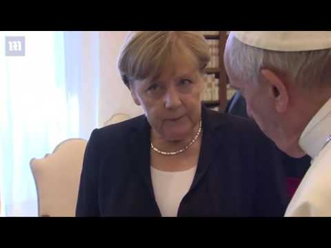 Angela Merkel meets with Pope Francis at Vatican   Daily Mail Online