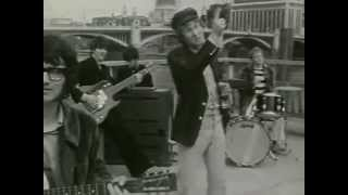 Video directed by John Crome in 1966.