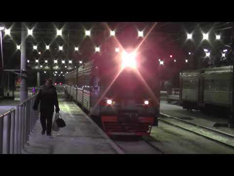 Электропоезд ЭТ2М-131 сообщением Санкт-Петербург - Малая Вишера