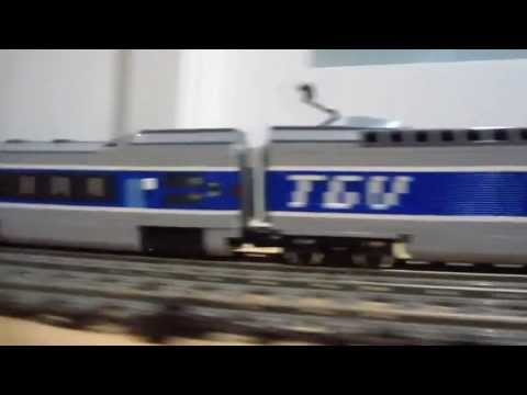 LEGO TGV vs Horizon Express 10233 high speed 9V trains