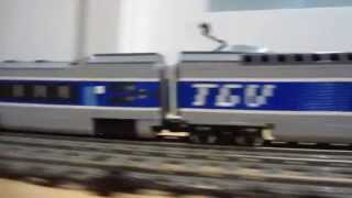 LEGO TGV vs Horizon Express 10233 high speed 9V trains