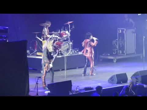 the-struts---primadonna-like-me-live-at-rock-im-park-2019