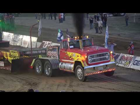 OSTPA Pull 2019:  Pro Stock Semis pulling at Muskingum County Speedway