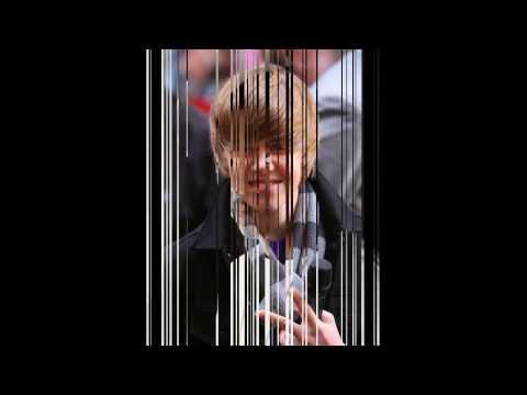 Rich Girl - Justin Bieber and Soulja Boy (Lyrics)