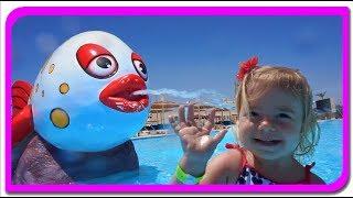 In piscina | Sa invatam culorile