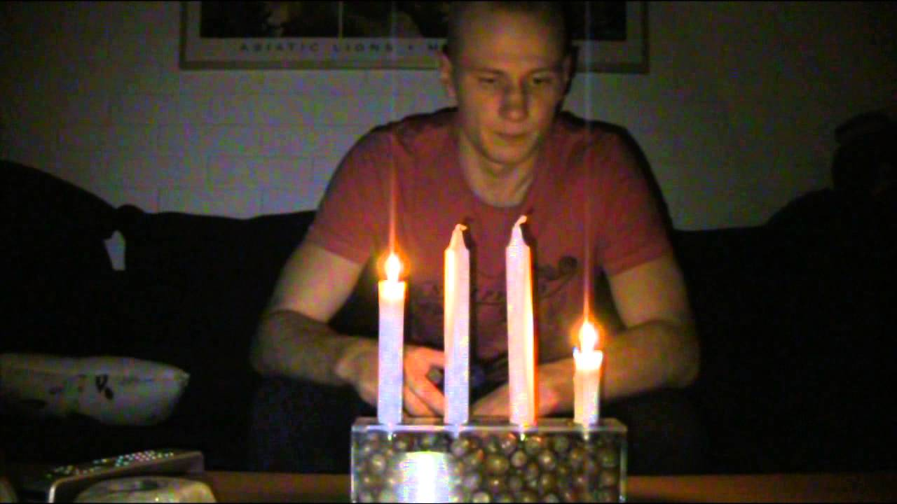 när första ljuset brinner