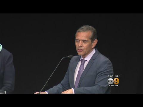 Race For California Governor Makes A Stop In Pasadena