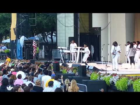 Janelle Monae at The 2014 Taste Of Chicago
