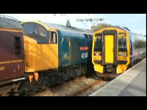 158726 and 158705 arrive at Elgin