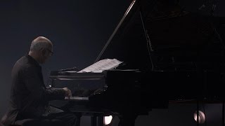 Ludovico Einaudi - Lady Labyrinth & Waterways (Live at iTunes Festival 2013)