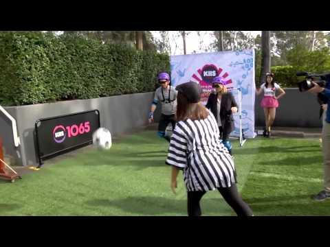 Binocular Soccer - Extreme Japanese Challenge