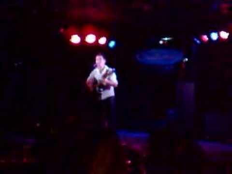 Rod Aaron Gammons 'Hard to Breathe' Live at Halfmo...