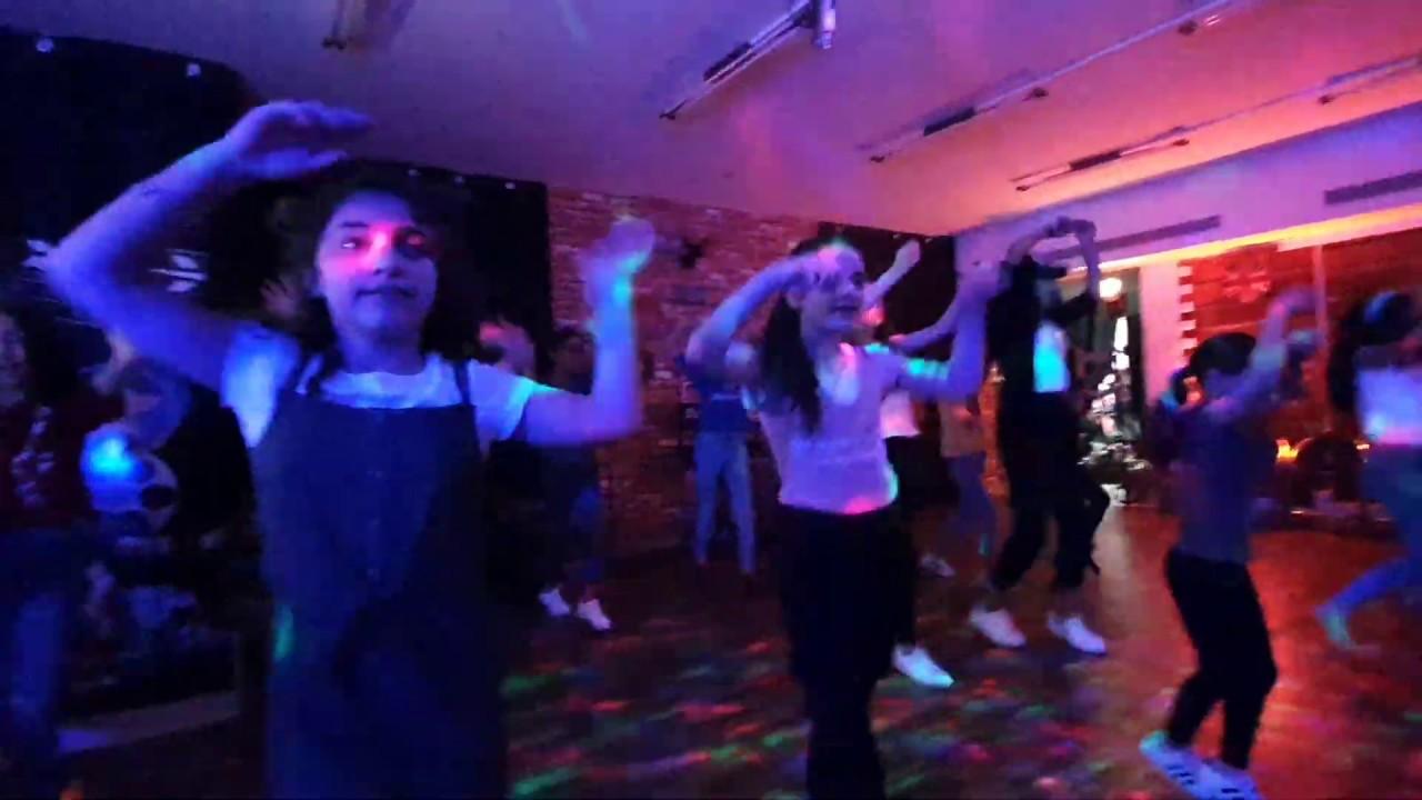 تعليم رقصة  || خلينا نحلم|| فرقة الفتافيت💃😉😍