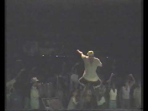 Youtube: les specialistes et Abuz concert a Fort de France