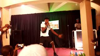This is another fantastic hip hop singer.