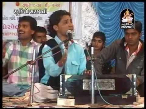 Birju Barot  Gujarati Dayro Bhajan Santvani JamKhambhaliya Live  12