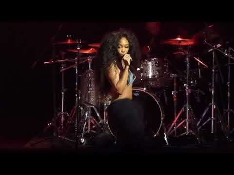 """SZA - """"Doves In The Wind"""" Live @ Fillmore Philadelphia 1.31.18"""