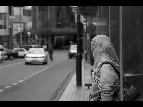 Elle a Demandé Au Chauffeur De Bus  D'arreter La Musique Et Voilà Ce Qui S'est Passé...