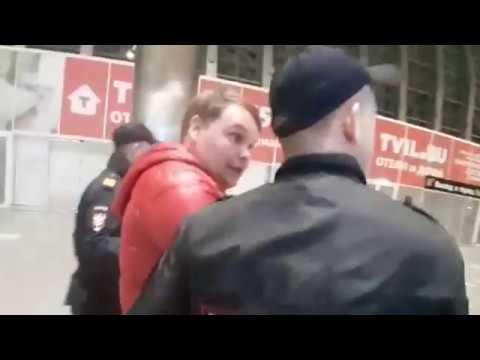 В аэропорту Симферополя задержан нетрезвый дебошир