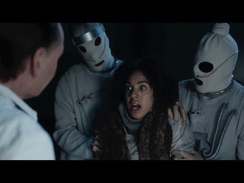 Download Youtube: Pearl Loses Her Patients - Doctor Who: Series 10