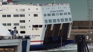 Stena Europe arriving at Rosslare in 40 secs fast play back