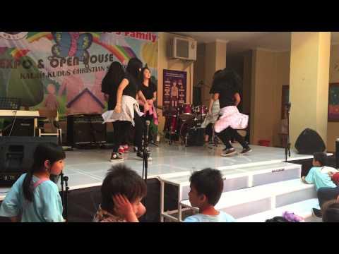 Expo dance sma kalam kudus bali