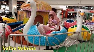 Gambar cover Naik odong odong bebek angsa di playground 🦆 Lagu anak anak 🦆 Potong bebek angsa