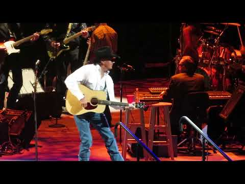 George Strait - The Fireman/DEC 2017/Las Vegas, NV/T-Mobile Arena