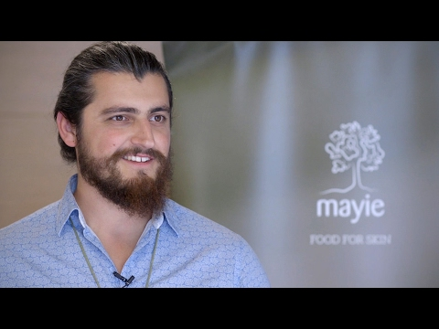 Povestea cosmeticelor Mayie