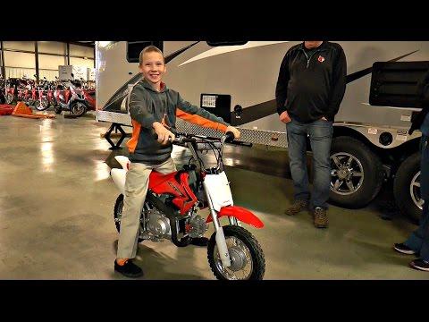 Station Park Honda >> Cameron Gets A New Bike After His Previous Bike Was Stolen Station Park Honda 2015 Crf50